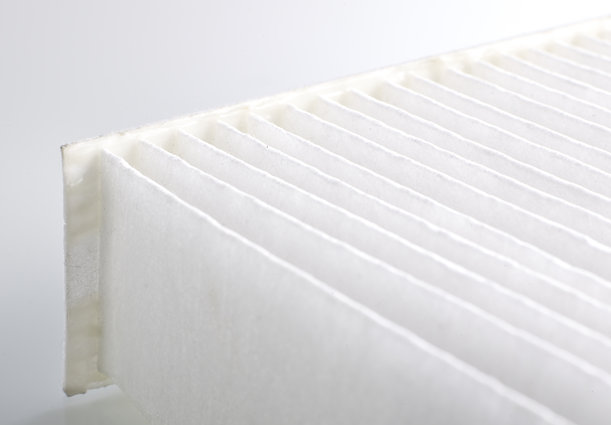 [Translate to Corporate Website:] nonwoven white filter with a high initial strength