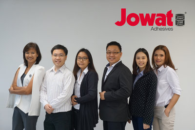 The team of Jowat Thailand